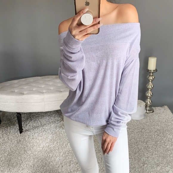 mysisterskloset Tops - LAST3▫️PETALS in Lilac
